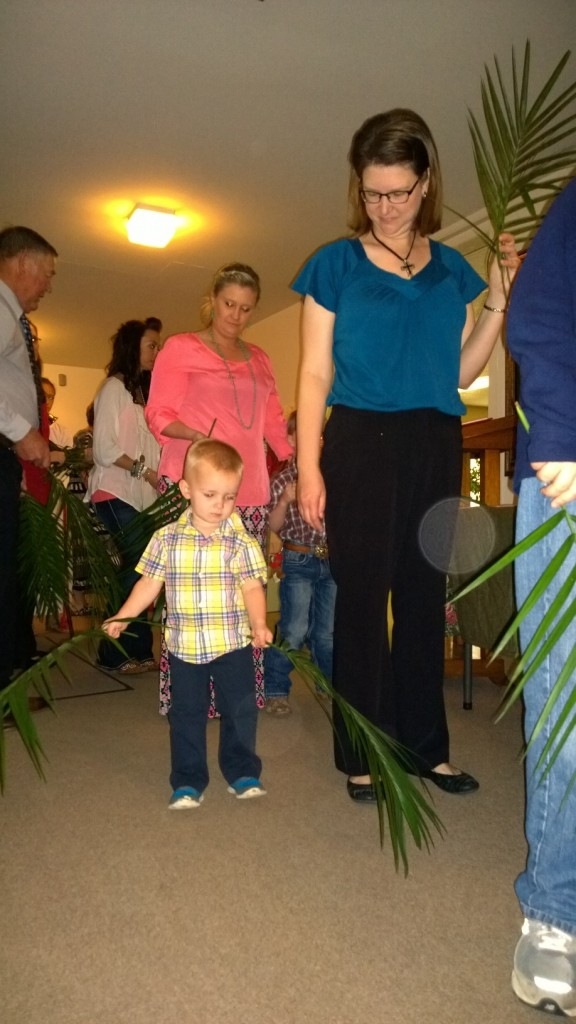 Palm Sunday 2015 Lined Up 2