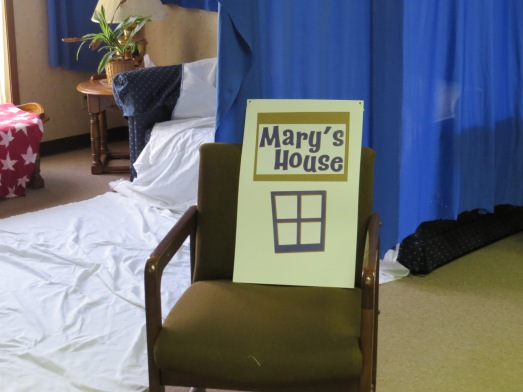 VBS Sets 2015 Mary House