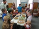 childrens-christmas-2016-cake-group